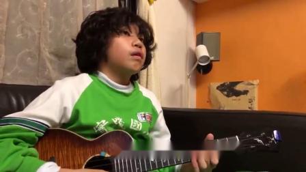 视频揭秘神童冯羿如何用尤克里里编曲