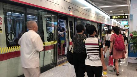 南宁地铁2号线(西津方向)-0202车组-明秀路进出站