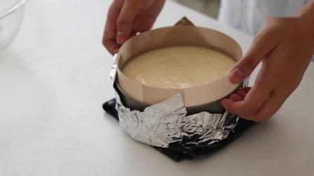 松软绵滑的酸奶舒芙蕾蛋糕,清爽美味的下午茶甜点