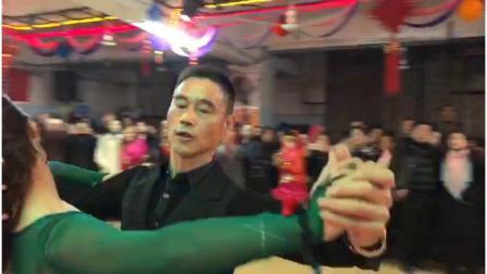"""安庆休闲旅游舞群《蓝舞池周老师""""心舞""""舞蹈培训中心》2018.12.27"""