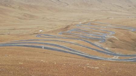 珠峰路上多少个弯