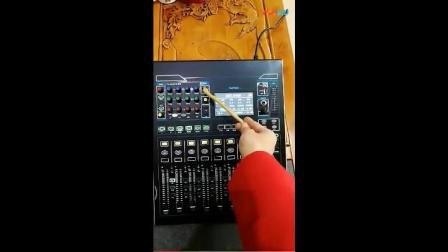 专业数字调音台V16面板介绍