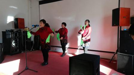 北京市密东村鼓乐队迎新年为村民演出群口快板:《传承美德好精神》