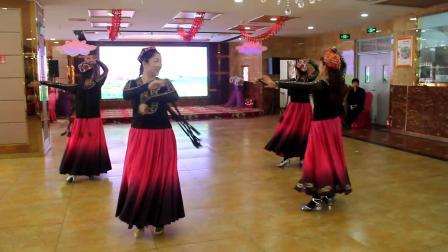 石河子汪允军老师团队舞蹈 《沙漠玫瑰》 王志平摄制