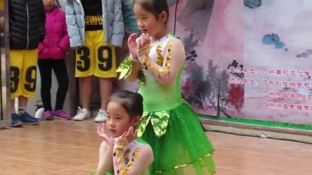 两个小天使