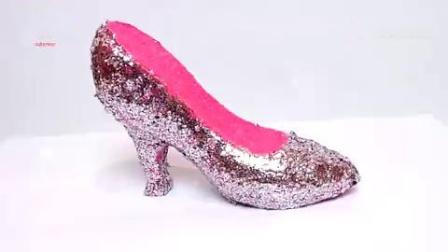 乐享玩聚的芭比彩泥第41集芭比公主漂亮的玫瑰高跟鞋!