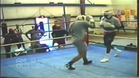 拳王训练实战|霍利菲尔德vs大卫图阿