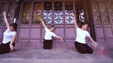深圳罗湖菲悦舞蹈培训 古典民族舞 爵士舞 拉丁舞 肚皮舞 酒吧热舞 吊环 绸缎
