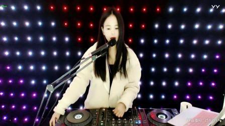 靓妹子DJvivi新音乐2019精选顶级中文串烧重低音美女现场打碟(5)