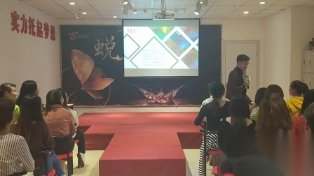 福建韩时代形象设计培训学校出名吗?福建韩时代师资团队怎么样?