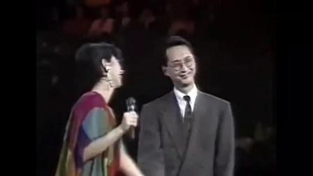 叶倩文演唱会,请上观众席上的李茂山,合唱《无言的结局》