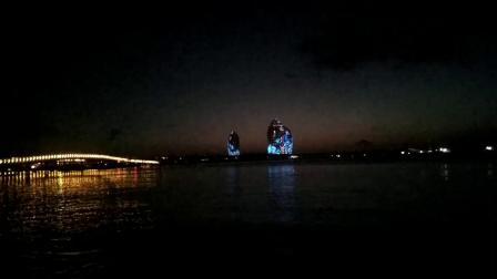 黄昏的时候  看看凤凰岛