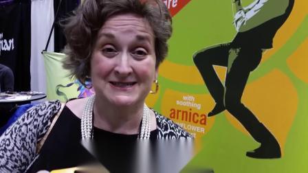 乐队领导人 Bonnie Harmon对ChopSaver润唇膏的评价 视频 3