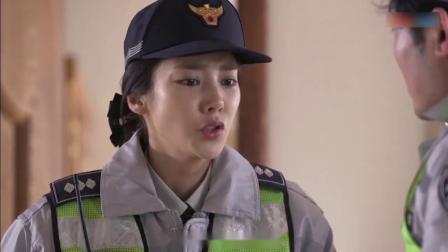 警察阿姨2:女子打电话到警局点菜,男警听不懂,女警接过电话就知道她在求救