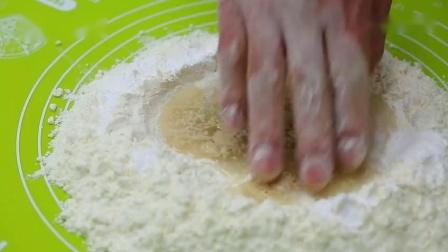 微体兔菜谱香葱肉松卷