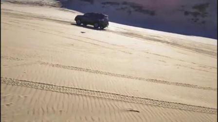 20连老何运良四驱车会越野车队库伦旗沙漠跨年活动1