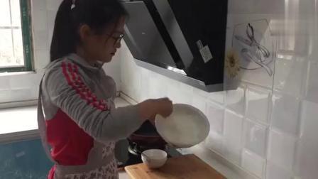 想吃蛋糕不用买,家用平底锅就可以做,比电饭煲更简单