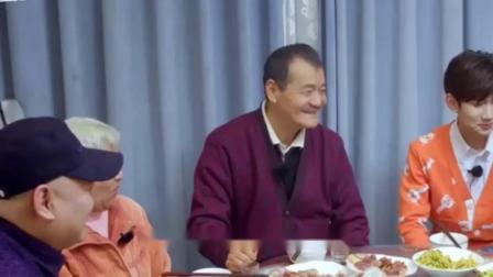 王源爸爸参与拍摄节目,妈妈却无奈痛哭,网友:这是怎么了?
