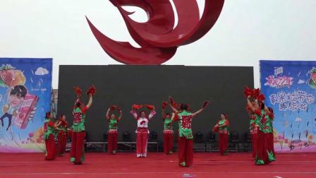 舞蹈:红红的手绢花_0