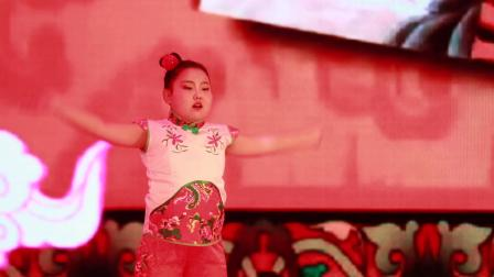2019银河之星少儿艺术盛典榆林选区 选送单位:榆阳区鼎奇艺术培训 指导老师:刘佳慧《看大戏》