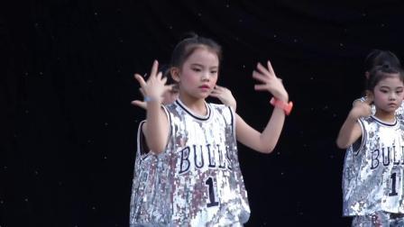 爵士舞《卡路里》表演:红燕子舞蹈艺术培训中心