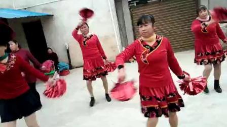 姐姐妹妹广场舞开门红