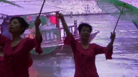 31舞蹈《江南梦》演出单位:体育馆快乐舞蹈队