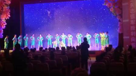 巩义市天使之舞艺术培训中心舞蹈《走山的孩子》
