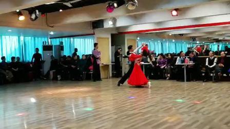 周进韩丽2019年1月20江苏江阴季建龙年舞会单独表演华尔兹