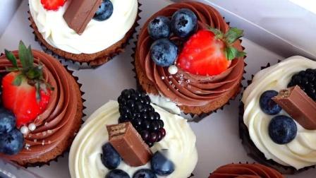 美味高颜值的蛋糕礼盒我愿意天天收到-黑巧克力奶油芝士杯子蛋糕