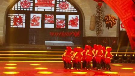 泾源县舞之韵舞蹈培训中心——宁夏少儿元宵晚会节目《妞啊,扭》