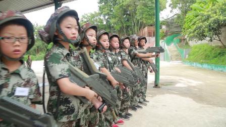 西点领袖少年军事夏令营