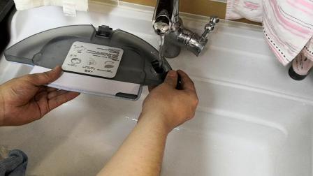 BOBOT水箱装水