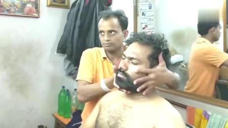 印度街头按摩师们的咔咔扭脖子、松骨合集,阿西姆就数你戏最多