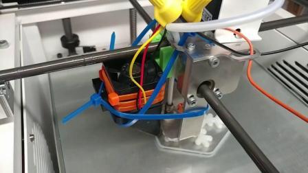TRINAMIC的TMC2130静音驱动步进电机和传统步进电机驱动模式性能对比