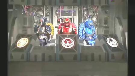 幻星神,幻枪星神首次登场,装备型机器人太厉害了
