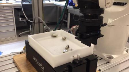 Asycube 240与Denso六轴机器人_连接器送料