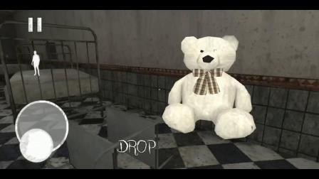 废旧医院藏着一个恐怖奶奶见到都想哭的怪物,没想到这怪物怕打针