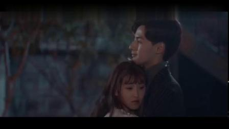 总裁在上我在下;宫欧变了!竟趁着小念没自主反应能力跟她接吻!