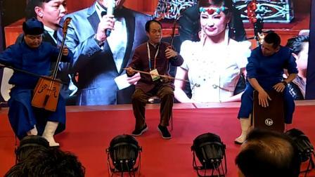 2018年5月28号参加北京第五届音乐产业大会时与同