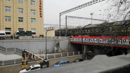 【2019新春拍车运转特辑】太原东站拍车 K7807(运城~大同)& G2610 (太原南~天津西)通过 火车视频