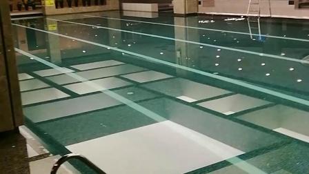 盛体健身绿谷庄园游泳馆。