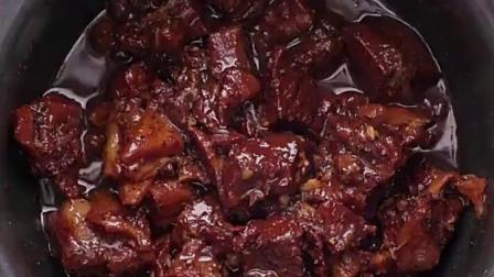 电饭锅就能做!黑胡椒牛腩的做法