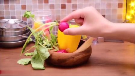 创意定格动画,糖果蔬果变骰子之烹饪卡通美食,小小厨房趣事多多