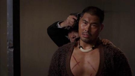 男子进监狱救壮汉,壮汉却被鬼子劫持了,壮汉一句话配合男子反杀
