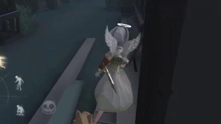 第五人格:小黄鸭偷穿导演衣服惨遭仇敌追杀,不作死就不会死!