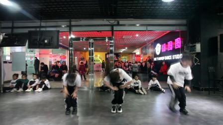 胡图图女子流行舞少儿7班Britney spears 3图图编舞