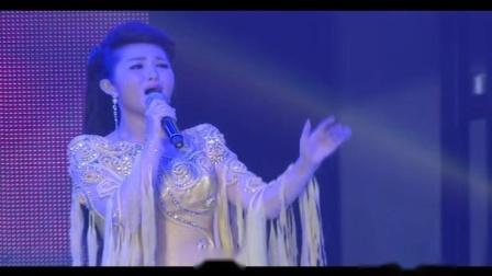 中国铁路文工团歌舞团独唱演员 毕业于中国音乐
