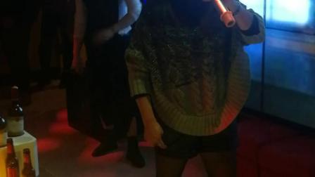 芝麻跳舞1019