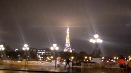 巴黎埃菲尔铁塔灯光秀